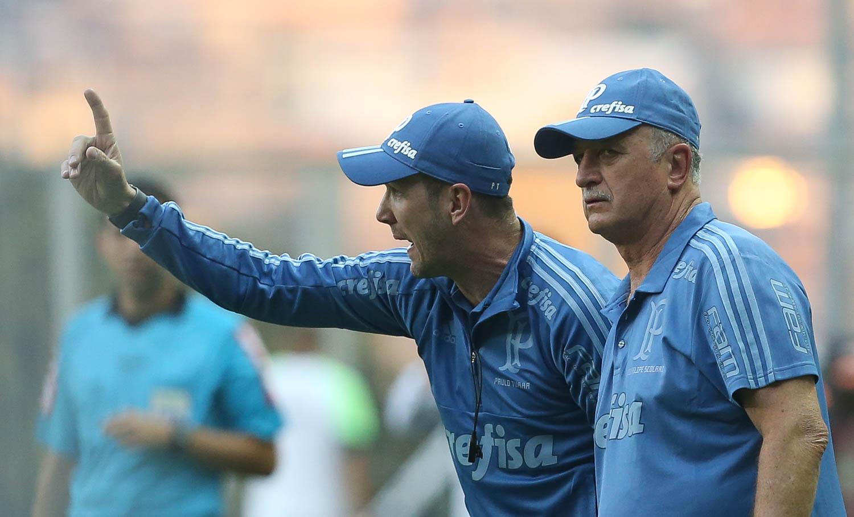 Cesar Greco/Ag. Palmeiras/Divulgação_O auxiliar técnico Paulo Turra falou com a imprensa após a vitória deste sábado (06)